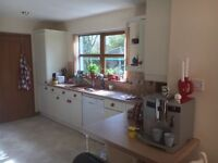 Fitted kitchen. schreiber. Approx 10 m of run including wall and base units. Appliances available.