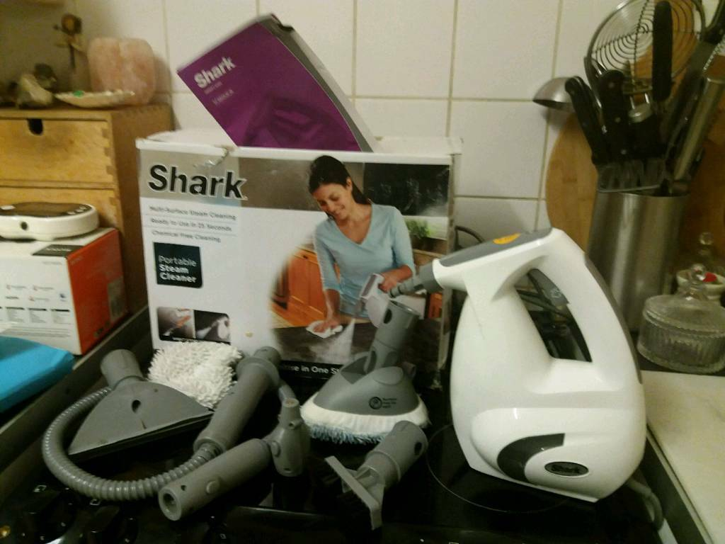 Shark Portable Steam Cleaner Hardly Used Cost 80 Tiles Floor