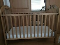 Mamas & Papas Cot with Mattress