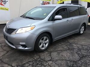 2014 Toyota Sienna LE, Automatic, Power Sliding Doors, Heated Se