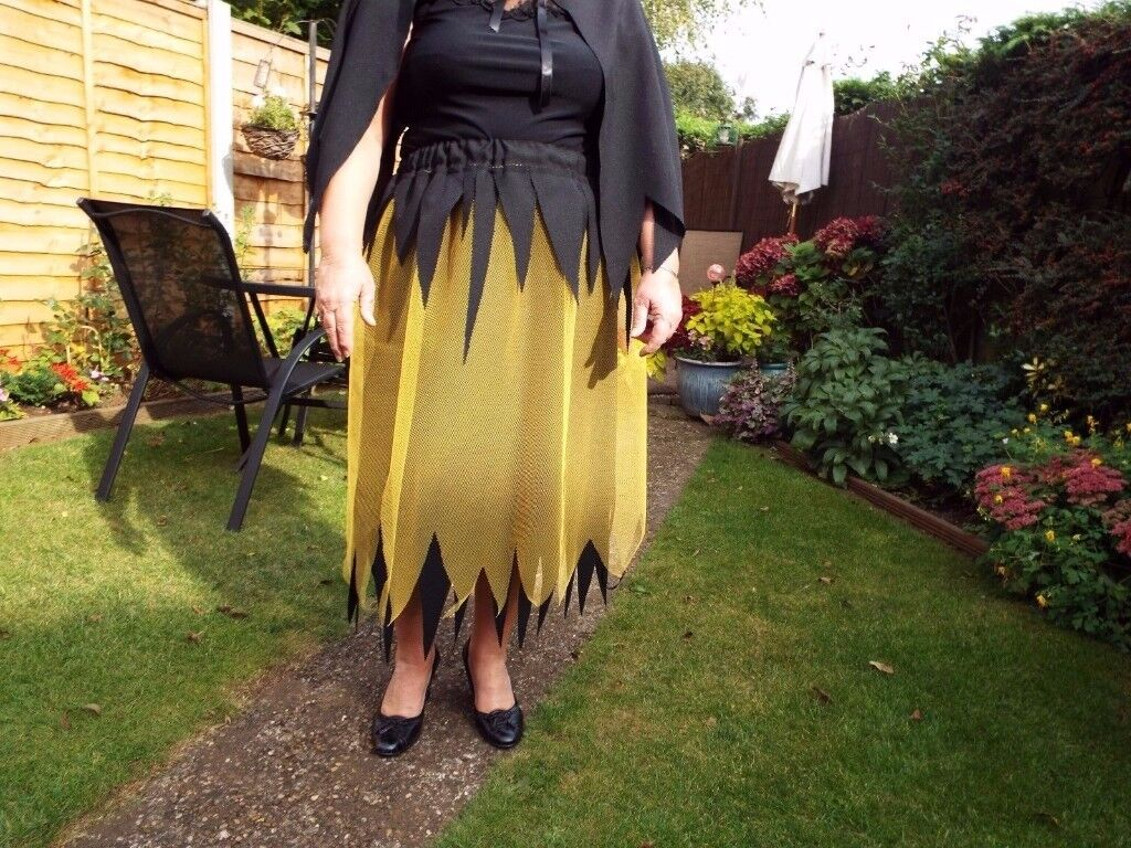 Halloween Skirt Size Elasticated Waist Measures 30/36 inches Length 32 inches Polyester Hand Made