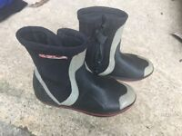 Sola Sailing boots size 5