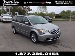2016 Chrysler Town & Country Touring-L LEATHER | SUNROOF | REAR