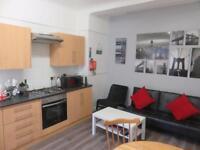 3 bedroom house in Saxony Rd, Kensington Fields