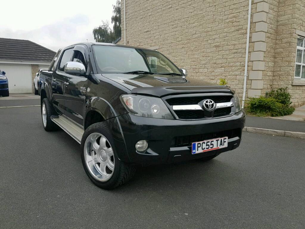 2006 toyota hilux vigo g 3 0 d4d auto 4 door double cab pick up 4x4 import black fully loaded. Black Bedroom Furniture Sets. Home Design Ideas