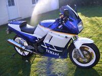 CLASSIC RACE BIKE project 1988 YAMAHA FZ750. Dymag wheels, lockheed calipers. for restoration