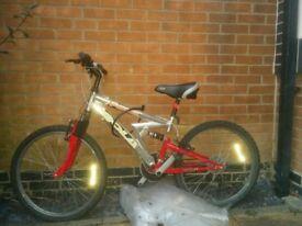Gola mountain bike with lock, speedometer and indicators