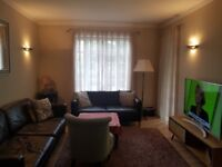 Extremely Large 3 Bed To LET In NW11 £1900 PCM