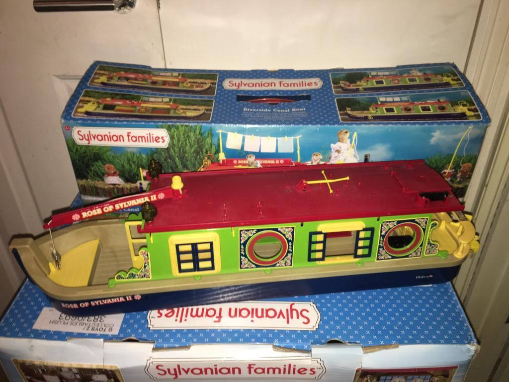 Sylvanian Families- Riverside Canal Boat