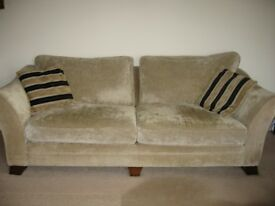 Sofas 3 and 4 seater