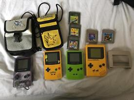 Gameboy and 3 gameboy color 1 Pokémon and games