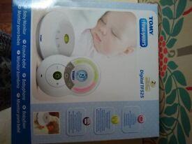 Tomy Digital TF525 baby monitor - As new