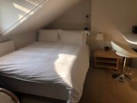 Stunning En-Suite Bedsit Richmond Free WiFi All Utility Bills included