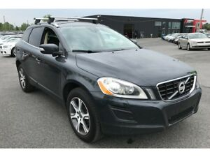 2013 Volvo XC60 T6 AWD CUIR TOIT PANO MAGS