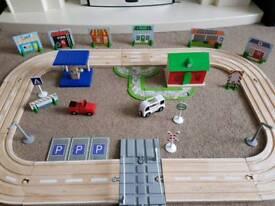 Wooden road set