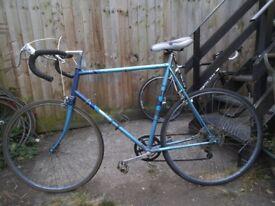 Halfords Espada 5speed Road Bike XL 61cm/24'' Steel Frame Fast 27'' 1 1/4 Maillard Chrome Wheels.