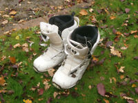 woman's snowboard boots size 6.5