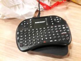 MXq android tv box with keyboard
