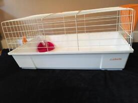 Indoor rabbit cage Or guinea pig cage VERY GOOD CONDITION