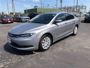 2015 Chrysler 200 LX- KEYLESS IGNITION, TELESCOPING STEERING