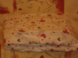 Childs Ballerina Single Fully Fitted Flannel Bed Sheet and Single Pillow Case.