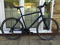 RALEIGH STRADA MENS BIKE 700C BICYCLE ** NEAR NEW** JUST SERVICED**