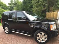 Black Landrover discovery 2.7 TD V6 HSE 5 DR Auto.