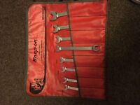 snap on pipe spanners