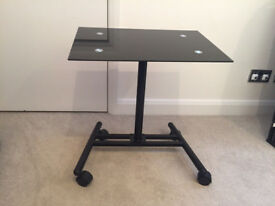GLASS LAPTOP COMPUTER/NETBOOK stand/table