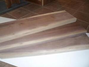 marches en bois sur mesure à vendre, marches en noyer, marches dans différentes essences
