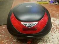 Givi flow motorcycle top box