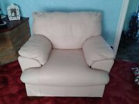cream leather suite 3 seater 2 seater and chair immaculate condition bargain