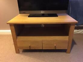 Oak TV Stand - Great Condition - L85cm x W49cm x H50cm