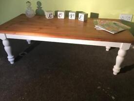 Beautiful pine coffee table