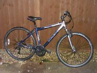 Trek 7200 Alpha SL Hybrid Road/Mountain Bike, 17.5ins Frame, 24 Speed Shimano Gears