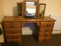 Dressing table 8 drawer and mirror