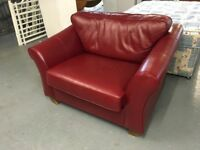 FABULOUS CONDITION DARK BURGUNDY MARKS AND SPENCER SMALL SOFA OR SNUGGLE CHAIR