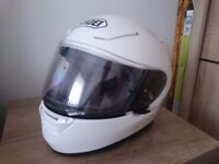 SHOEI XR1100 SIZE MEDIUM WHITE MOTORCYCLE HELMET