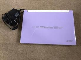 Acer aspire one purple netbook