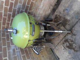 WEBER 57cm ONE TOUCH PREMIUM WITH LOTS OF ACCS