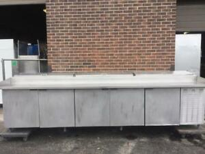 Refrigerated Reach-In Pizza Prep Table, 5-section, self-contained refrigeration.