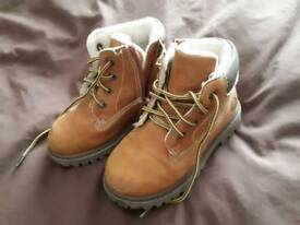 Boys boots size 24 (UK 7)
