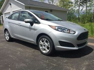 2015 Ford Fiesta SE|4 NEW TIRES|ONE LOCAL OWNER|$49.WEEKLY O.A.C