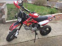 Stomp wpb pit bike 14 reg rd legal 125cc/140cc