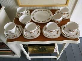 Colclough Crispin china pattern 8198 tea set 21 piece.