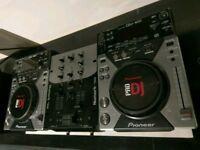 PIONEER 2 x CDJ 400 + NUMARK DM950 Mixer + Cambridge Audio cable bundle