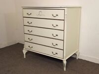 STYLISH VINTAGE FRENCH LOUIS STYLE SHABBY CHIC CHEST OF DRAWERS FREE DELIVERY IN THE GLASGOW AREA