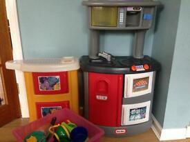 Little Tikes Toy Kitchen & accessories