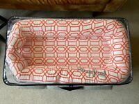 Sleepyhead Deluxe+ sleep pod in Coral Trellis (0-8 months)