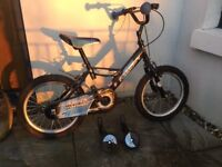 Boy's bike age 4-6